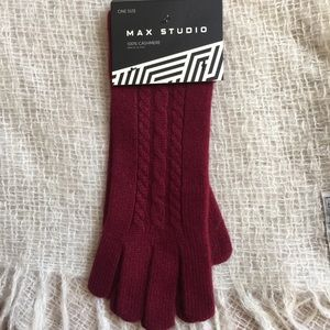 Max Studio Cashmere Gloves